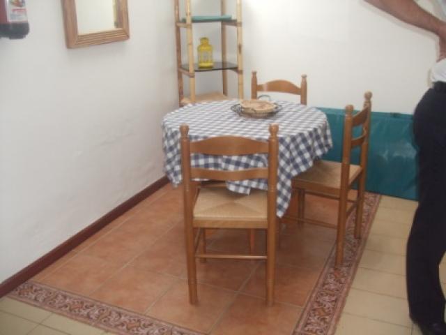 The dining area - 27 Lago Verde, Puerto del Carmen, Lanzarote